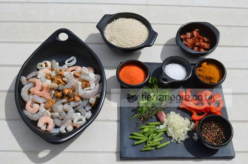 seafood paella natural cooking. Black Bedroom Furniture Sets. Home Design Ideas