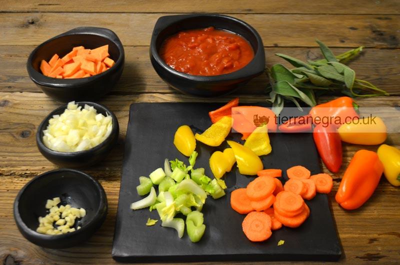 tomato-soup-ingredients